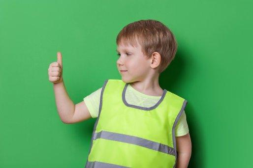 Jak zaadaptować odzież dziecięcą do celów reklamowych?